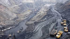 Khai thác than ở Quảng Ninh
