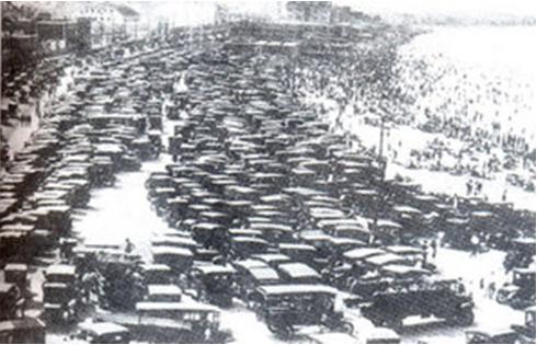 Hình 1: Bãi đỗ ô tô ở Niu-ooc năm 1928
