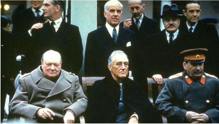 Hình 1: Thủ tướng Anh- U. Sớcsin, Tổng thống Mĩ- Ph. Ru dơ ven, Chủ tịch Hội đồng Bộ trưởng Liên Xô- I. Xtalin (từ trái qua phải) tại Hội nghị Ianta 1.2. Nội dung hội nghị