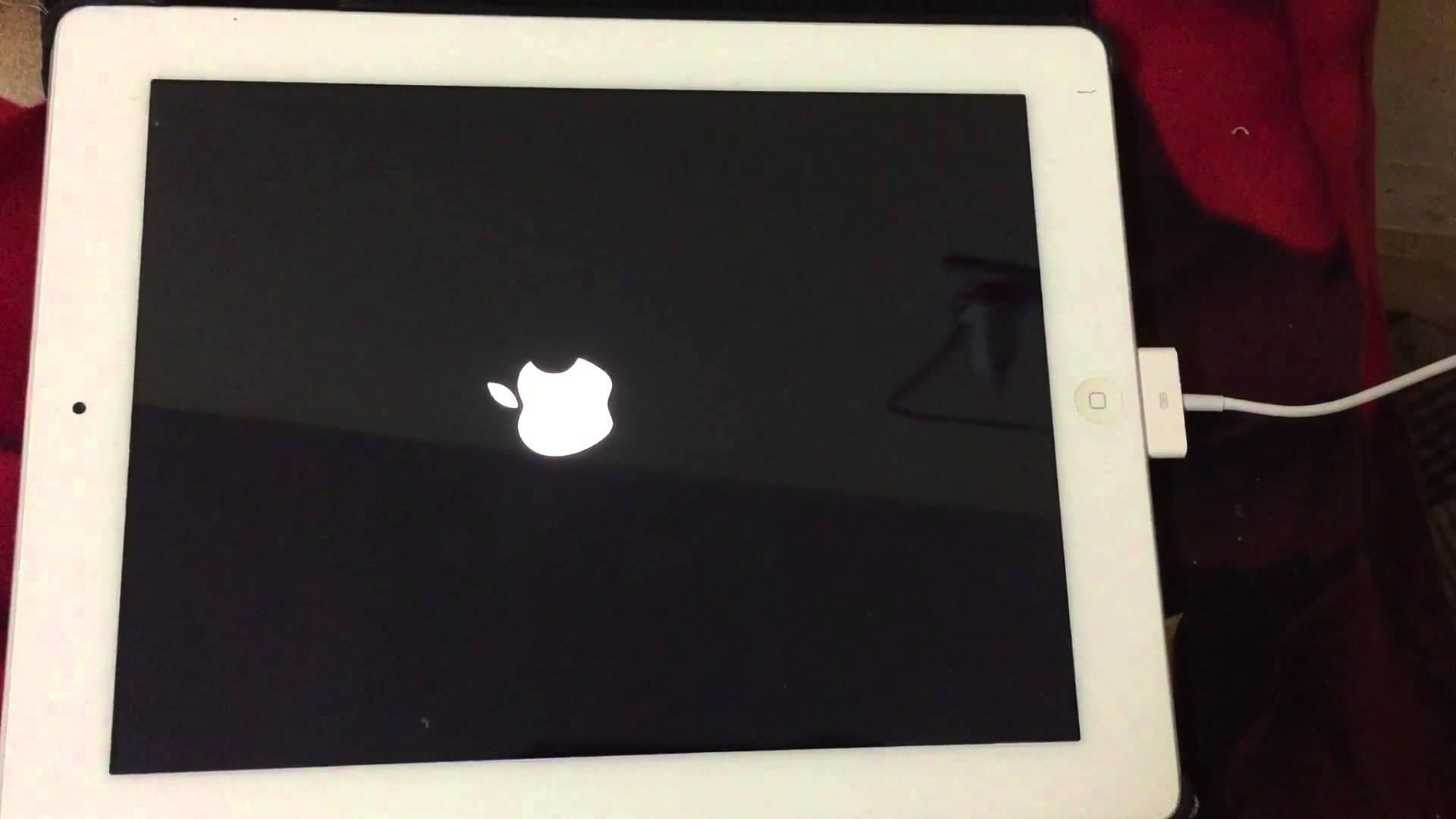 Thời gian sử dụng iPad lâu dẫn đến việc màn hình iPad bị treo đơ