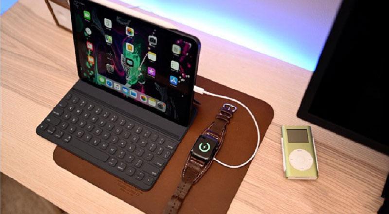 Sạc iPhone hoặc iWatch