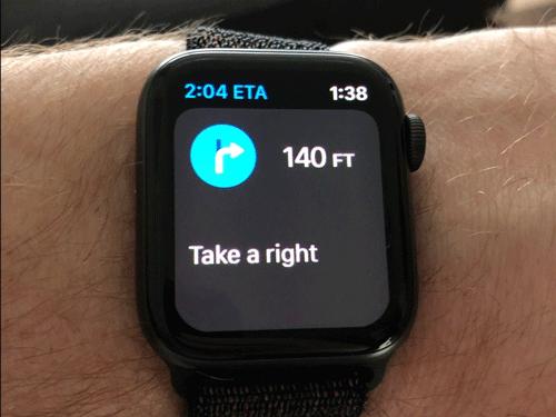 Sử dụng Apple Watch điều hướng khi đang lái xe